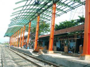 stasiun Lamongan